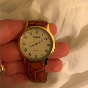 Seiko men's watch. Gold light brown band